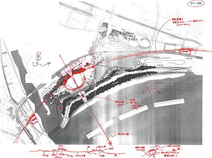 スケッチ:遺構をやさしく包み込む円弧と広田湾に向かう軸線